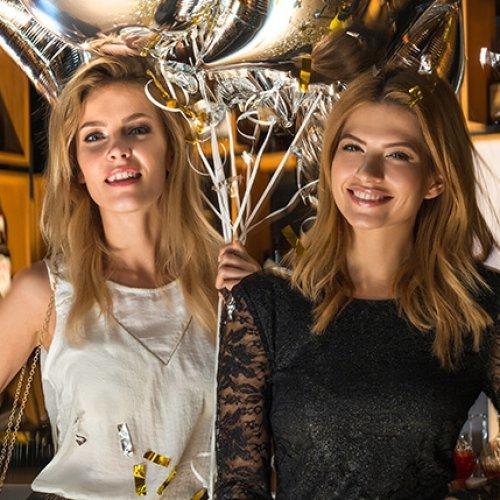Romantyczne falbany i kurtki pilotki w nowej kolekcji marki Top Secret na sezon wiosna/lato 2017